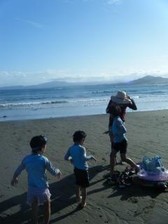 今年最後の海遊び